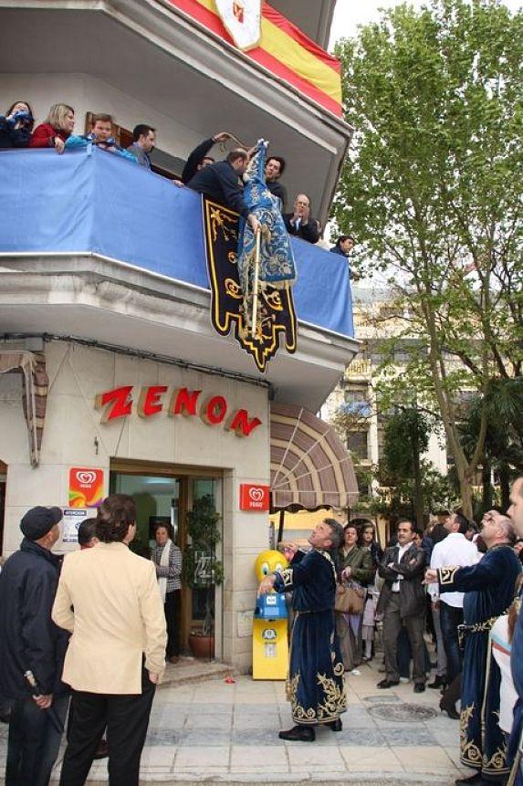 semana santa lorca recogida bandera azules