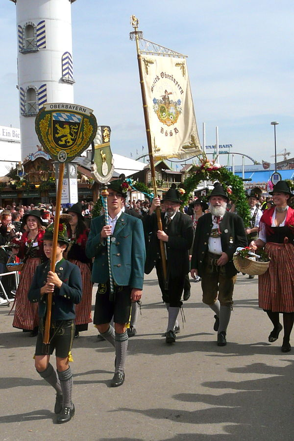 oktoberfest desfiles