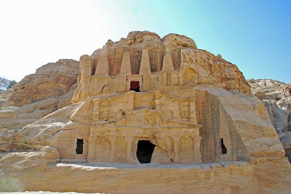 Petra jordania tumbas