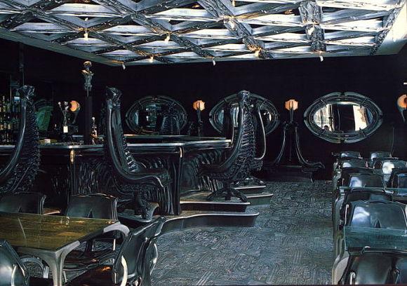 El bar del museo está también dedicado a la figura de Alien