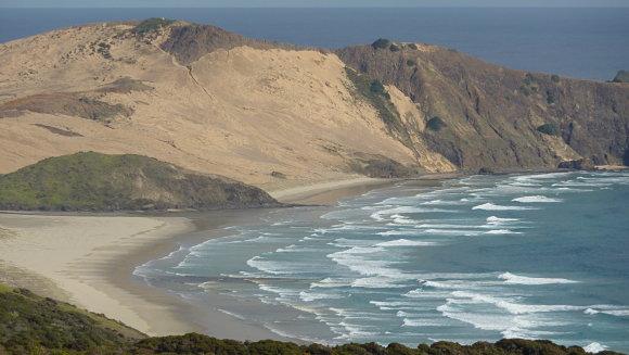 Las increíbles dunas de Te Paki se encuentran a pocos kilómetros de distancia