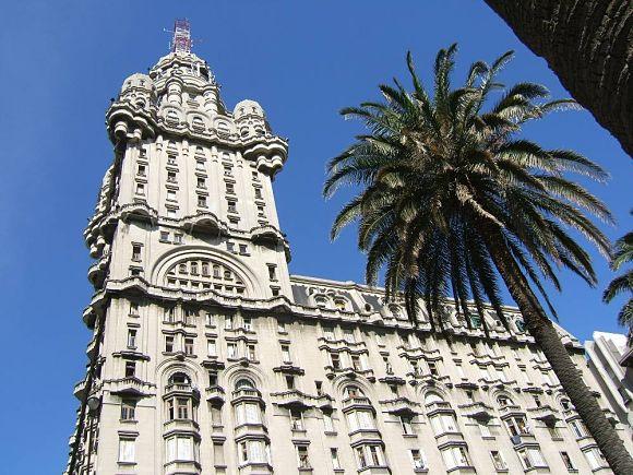 Palacio Salvo, el segundo edificio más alto de Montevideo
