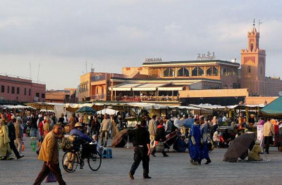 Bullicio en la plaza principal de la Medina de Marrakech