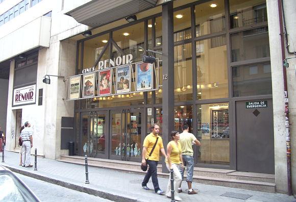 La Calle de las Estrellas estará situada en la misma calle de los Cines Renoir y los Cines Golem de Madrid