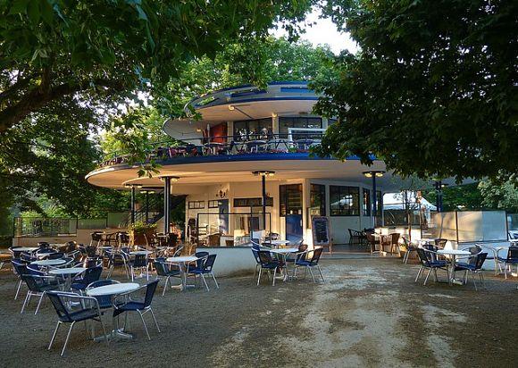 El Theehuis Blauwe es uno de los restaurantes más famosos del Voldenpark