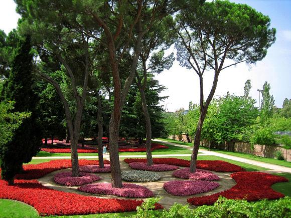 Colinas floreadas, una de las zonas más atractivas de El Capricho