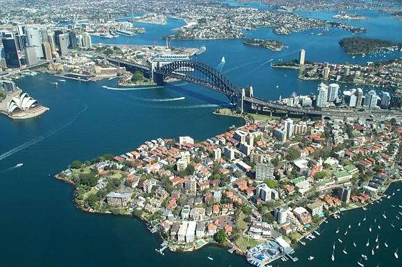 Extraordinaria fotografía aérea que muestra la bahía y el Puente del Puerto de Sidney