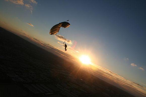 Cuando se abre el paracaídas todo se calma