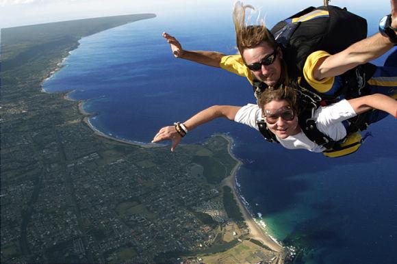 Las vistas de la costa haciendo skydive son impresionantes