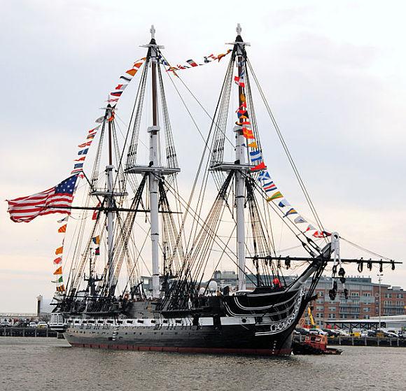 El Buque USS Constitution es famoso por vencer a cinco fragatas de Gran Bretaña