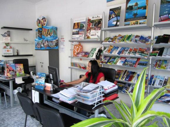 Los trabajadores de las agencias de viajes se están quedando solos en sus locales