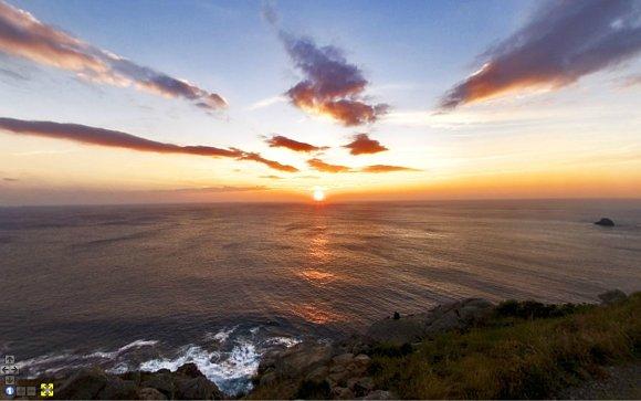 Los atardeceres en lo alto del faro de Finisterre son espectaculares