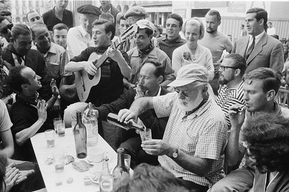 Ernest Hemingway en una de sus visitas a Pamplona en los Sanfermines