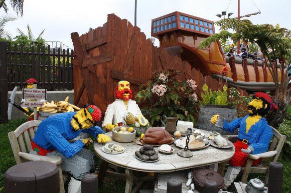 Los piratas también tienen su guarida en Legoland California