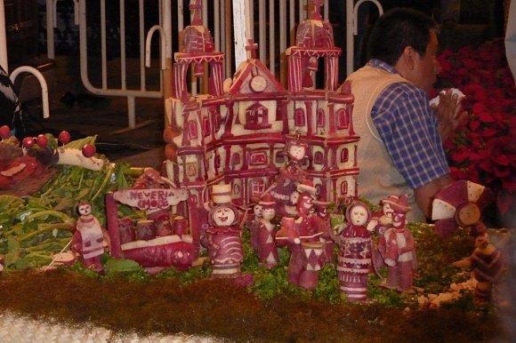La noche de los rábanos en Oaxaca se celebra el día 23 de diciembre