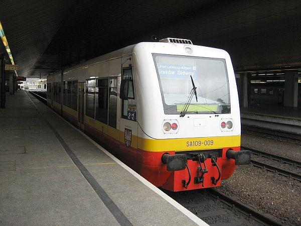 Balice Ekspres tren aeropuerto Cracovia
