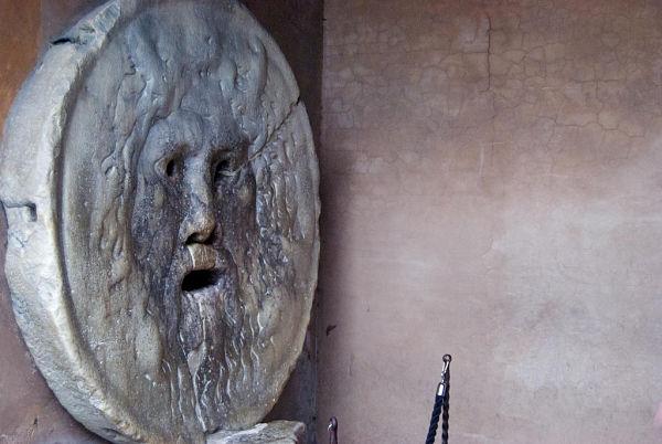 Escultura Boca de la Verdad