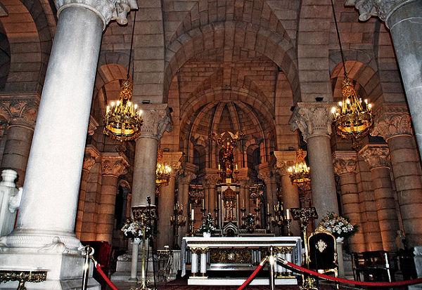 Catedral de la Almudena cripta