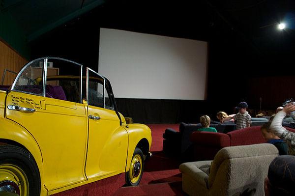 cinema paradiso wanaka coche