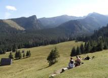 Panorámica del paisaje en nuestro track por Kalatowki en las Montañas Tatra de Polonia