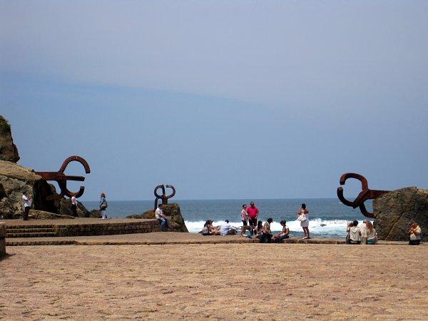 Peine del Viento esculturas