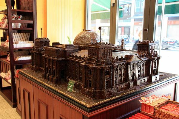 Reichstag chocolate berlin