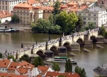 puente carlos praga embargado