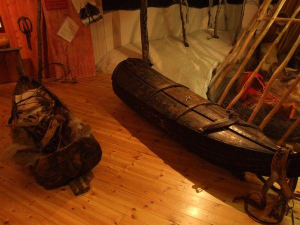 Samegarden Museo Sami Kiruna Trineos