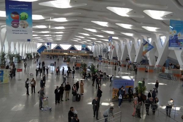 Vista del interior del aeropuerto Menara de Marrakech