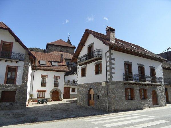 Casa piedra Ezcároz Navarra