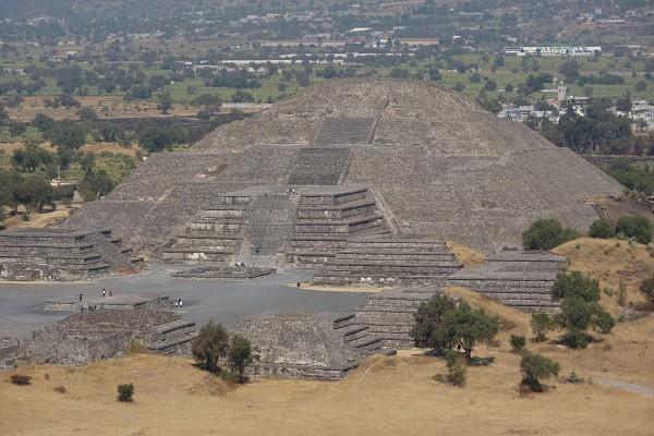 Piramide Luna Teotihuacan México