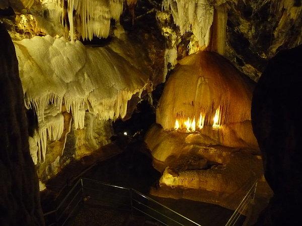gruta maravillas aracena lago