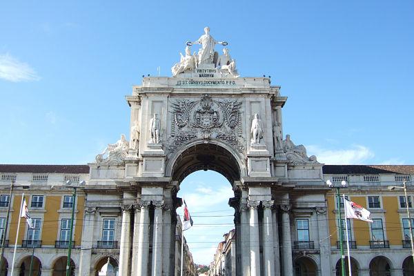 plaza comercio lisboa arco del triunfo
