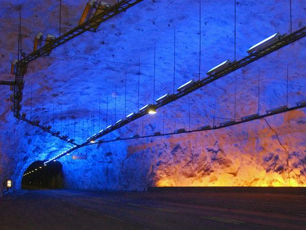 tunel Lærdal noruega