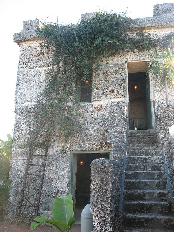 castillo coral entrada