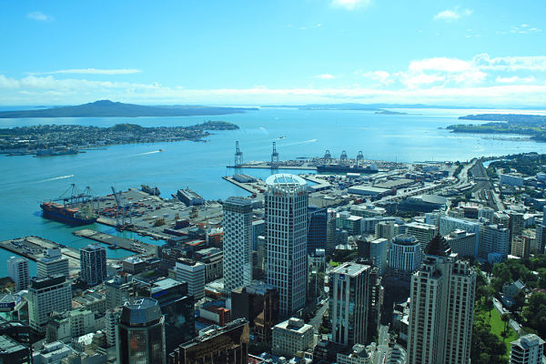sky tower vistas