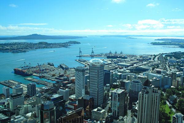 sky tower vistas