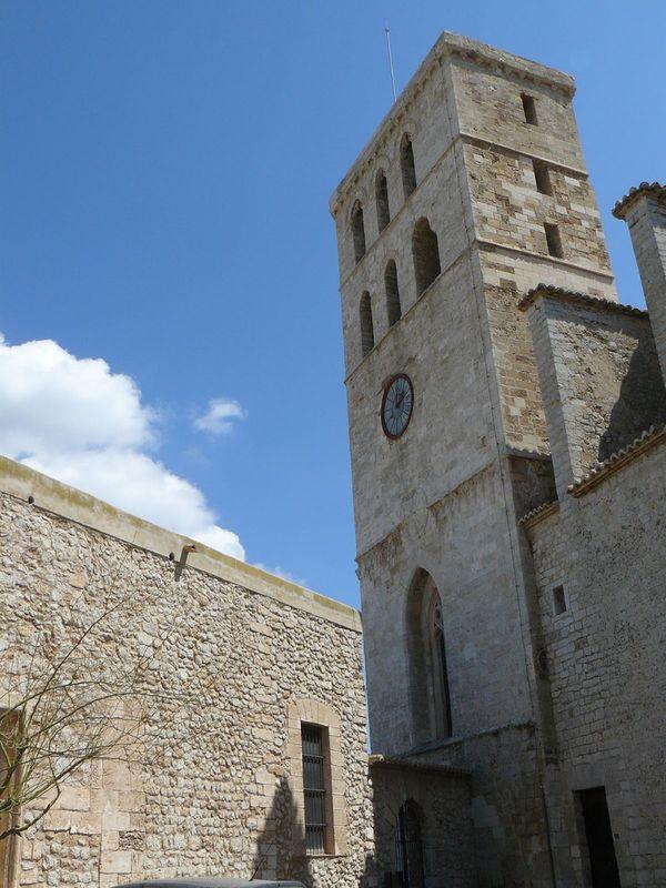 torre catedral ibiza