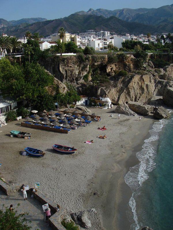 nerja playa calahonda