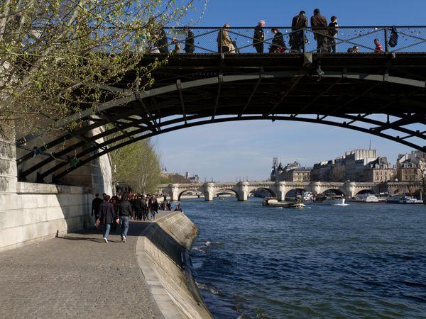 Pont des Art rio sena