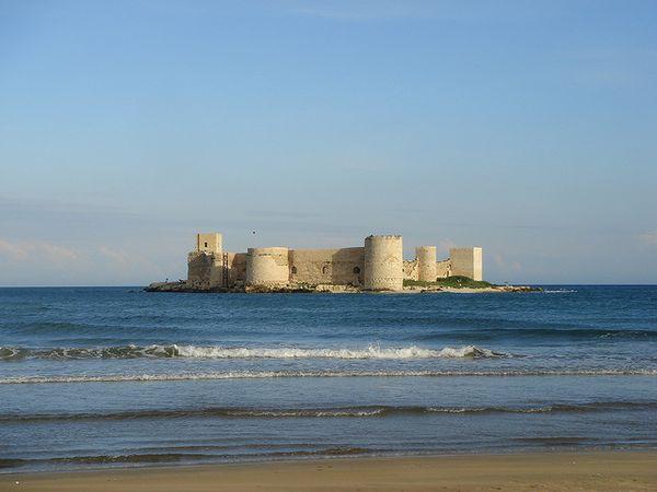 La fortaleza flotante de Kizkalesi