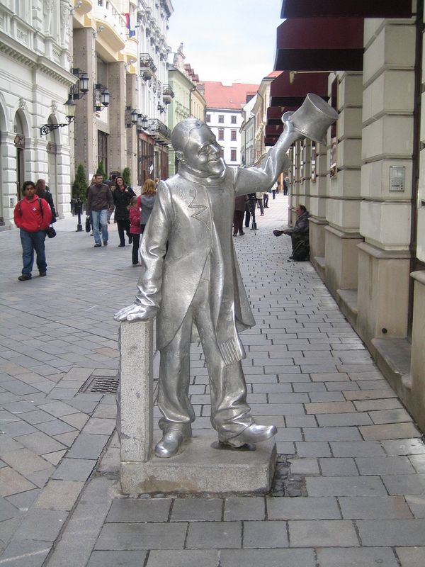 Schoner Naci estatua bratislava