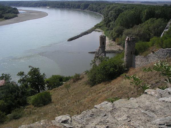 castillo devin rios