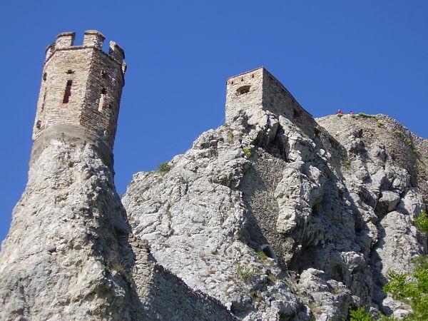castillo devin torre