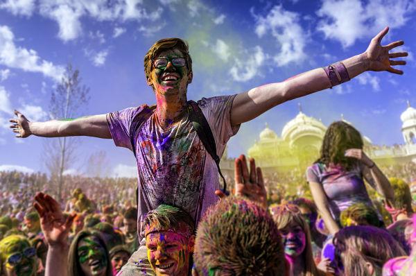 holi fiesta colores india