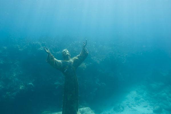 lugares abandonados cristo abismo fruttuoso