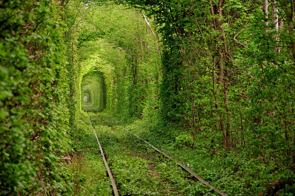 lugares abandonados tunel amor klevan