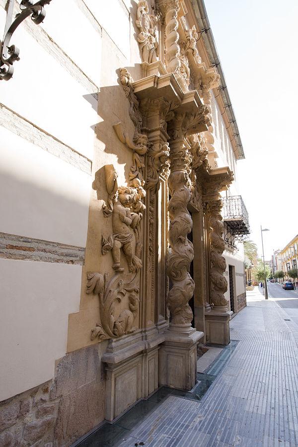 palacio guevara puerta