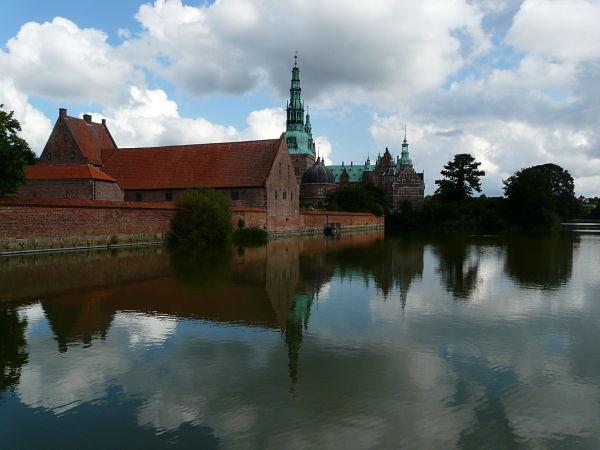 hillerod castillo frederiksborg lago