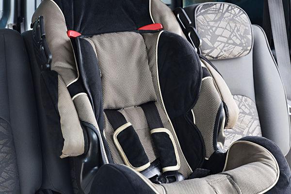 mejor silla de coche niños bebés viajes largos